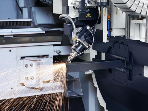 3D laser cutting of profiles